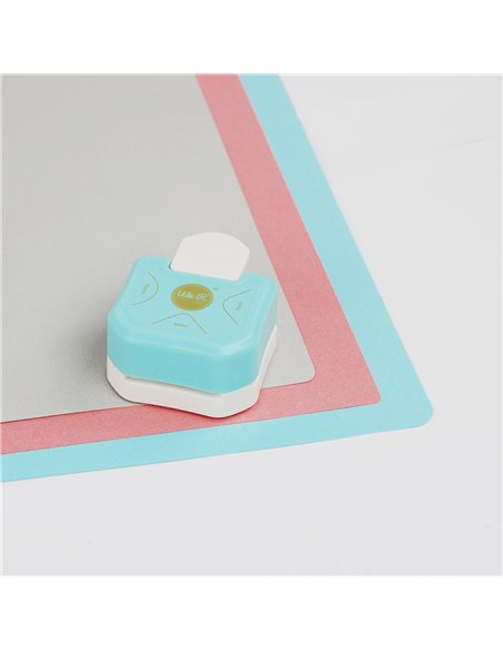 We R Memory Keepers • 3-Way Corner Punch